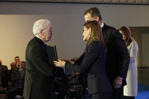 Leopoldo Zugazak 2016ko Arte Ederretako Merituen Urrezko Domina jaso dau